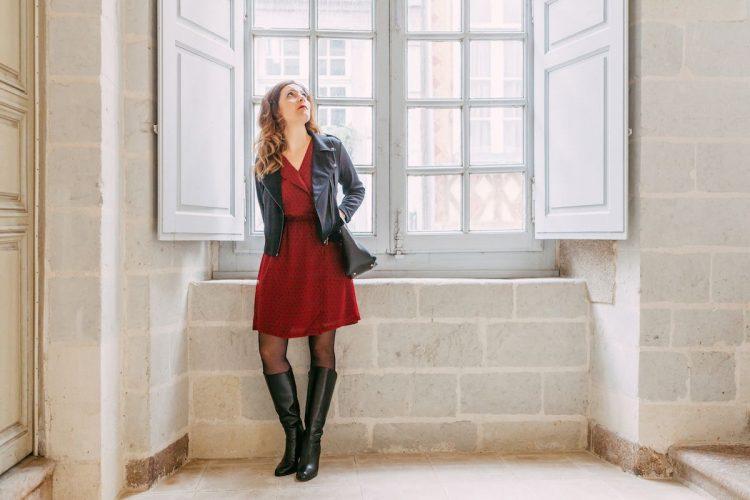Agathe_robe_rouge_plumetis_ICHI_Canille_dr_la_fee_louise_01