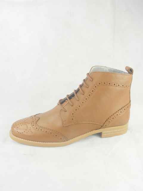 Bacchus_bottine-lacets_camel_club_lane_camel_ippon_vintage_la_fee_louise_4