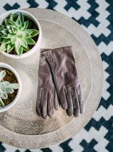 Noe-gants-cuir-d-agneau-marron-boutons-glove-story-la-fee-louise-1