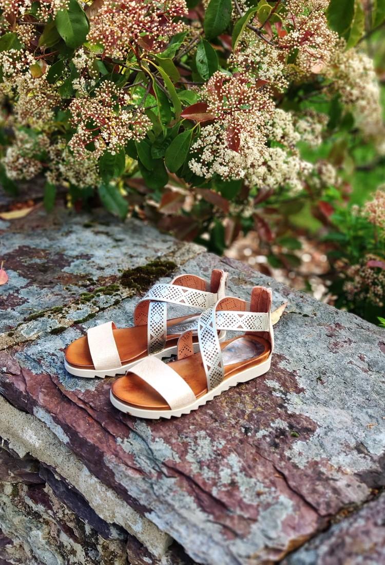 xana-sandale-cuir-dore-bastiani-la-fee-louise-2