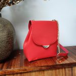 amelia-sac-cuir-bandouliere-chainette-or-rouge-la-fee-louise-2