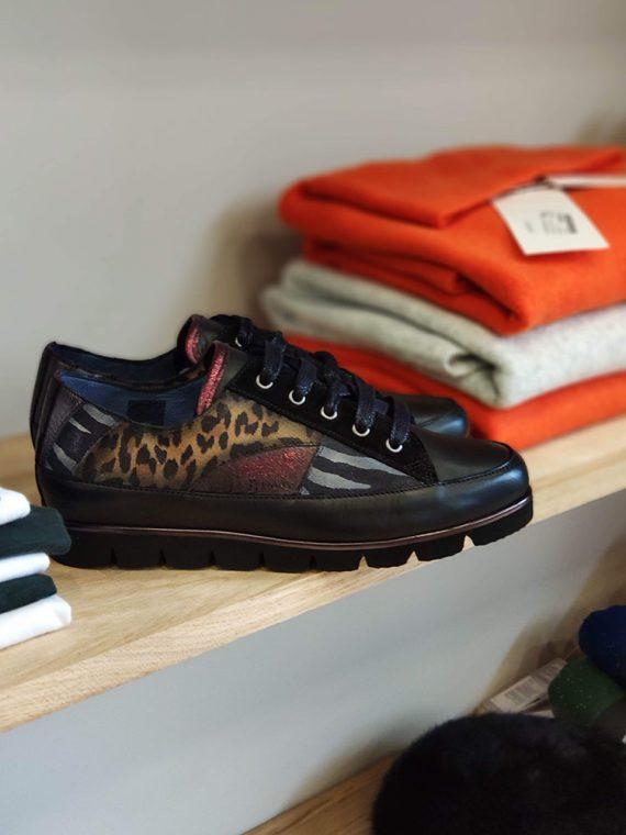 chloe-basket-lacet-multi-noir-rouge-imprime-leopard-zebre-pinto-diblu-la-fee-louise-1
