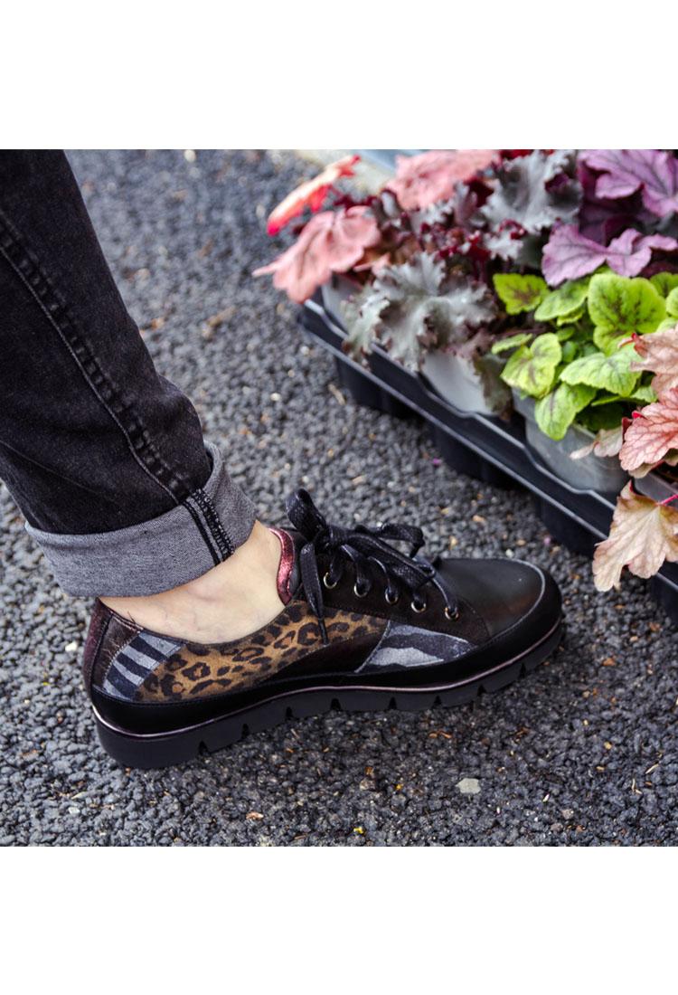 chloe-basket-lacet-multi-noir-rouge-imprime-leopard-zebre-pinto-diblu-la-fee-louise-5