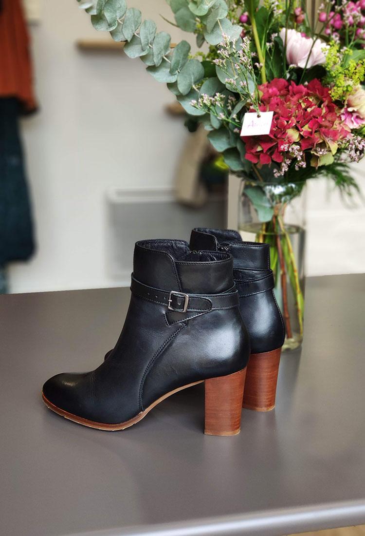 clarisse-bottine-talon-noir-marron-boucle-argente-otess-la-fee-louise-3