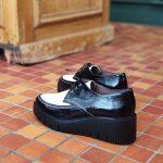 derby-eva-cuir-noir-blanche-compense-lacet-wonders-la-fee-louise-1