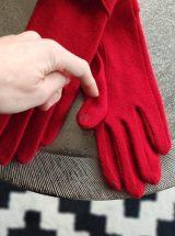elena-gants-laine-moumoute-pompom-connecte-rouge-glove-story-la-fee-louise-1
