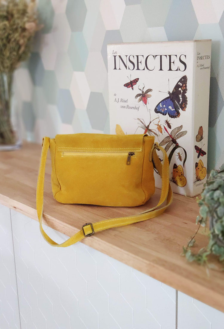 angela-sac-bandouliere-cuir-cartable-jaune-crazy-lou-la-fee-louise-2