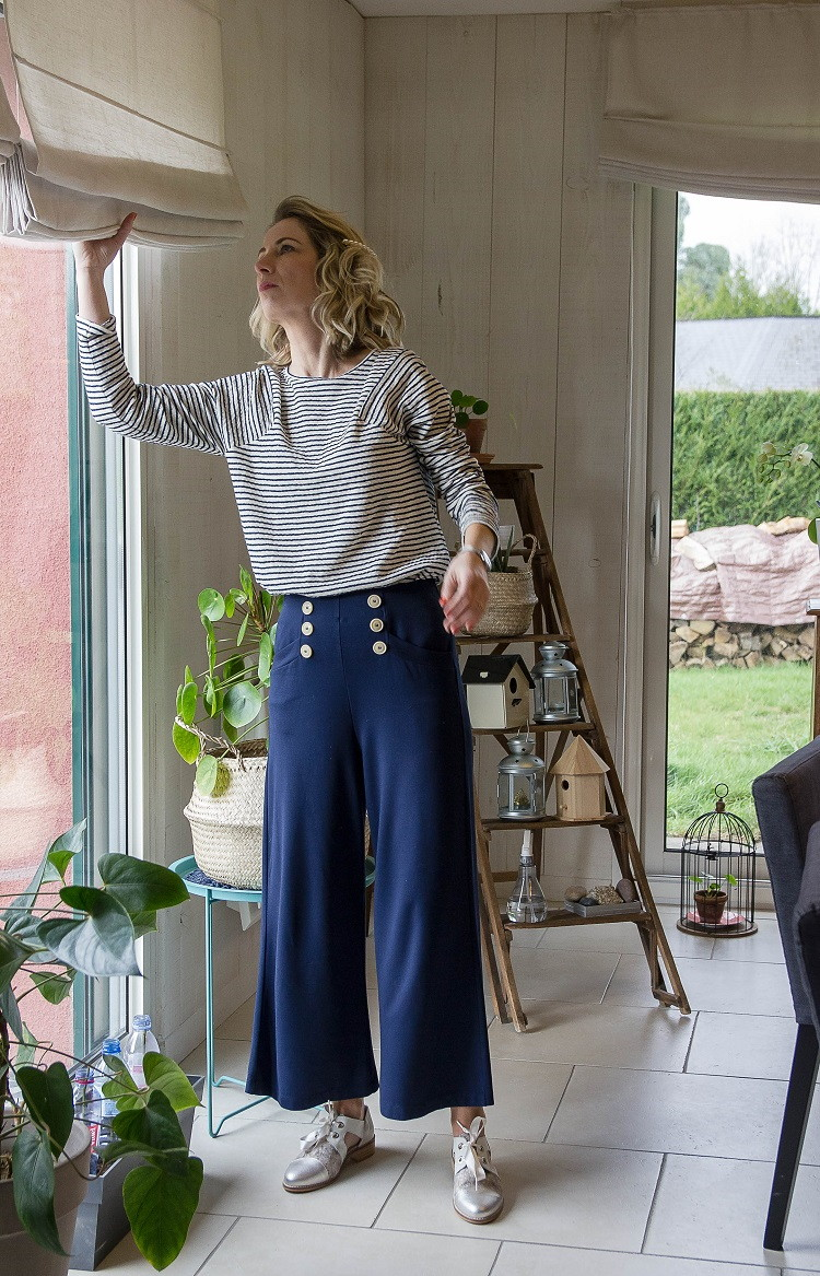 look-136-marin-sweat-pantalon-lunettes-derby-la-fée-louise-2