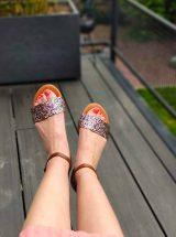Glitter-sandale-paillette-multicolore-camel-cuir-kaola-la-fee-louise-4