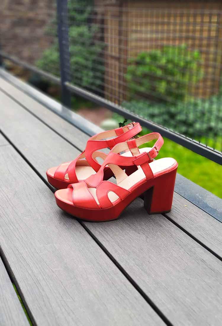 Jazz-sandale-talon-cuir-rouge-framboise-wonders-la-fee-louise-1
