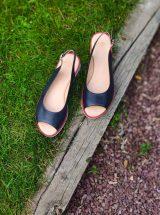 Josita-sandale-bleu-marine-liseret-rouge-1214740-ara-la-fee-louise-1