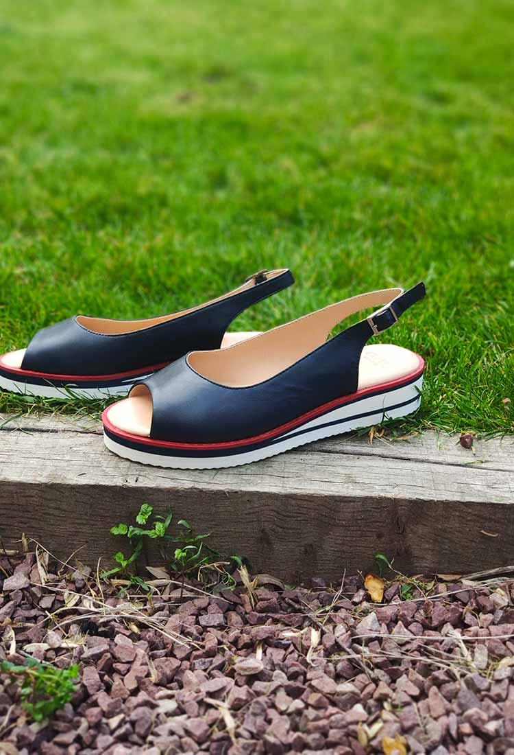 Josita-sandale-bleu-marine-liseret-rouge-1214740-ara-la-fee-louise-2