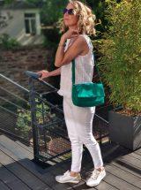 Lou-basket-blanche-lacet-blanc-ruban-rouge-fleuri-12-34587-79-ara-la-fee-louise-02