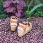 Copita-sandale-ferme-compense-jaune-moutarde-daim-gaimo-la-fee-louise-1-02