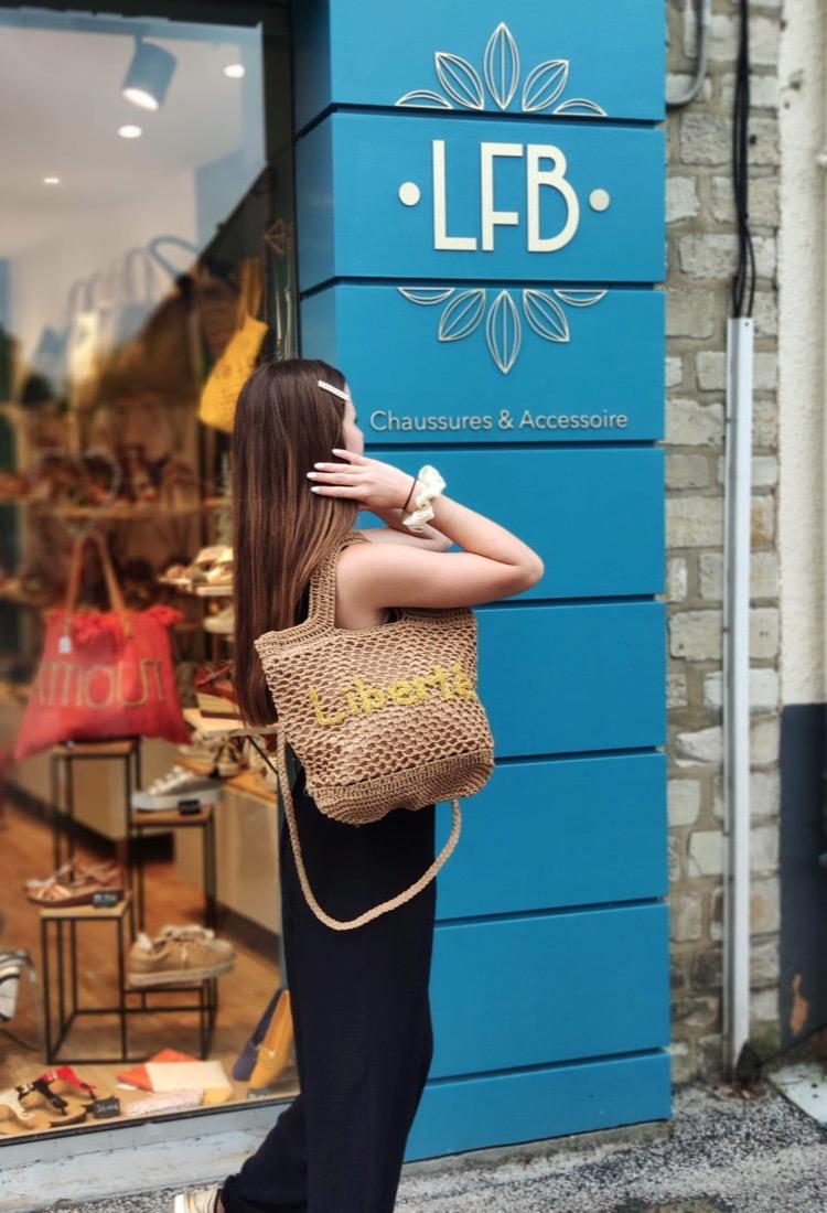 Message-sac-maille-crochet-message-dore-bandouliere-anses-fermeture-beige-marron-clair-kaki-bleu-electrique-corail-la-fee-louise-1-10