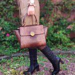 Borneo-botte-noir-plisse-talon-haut-cuir-lisse-aliwell-la-fee-louise-1-06