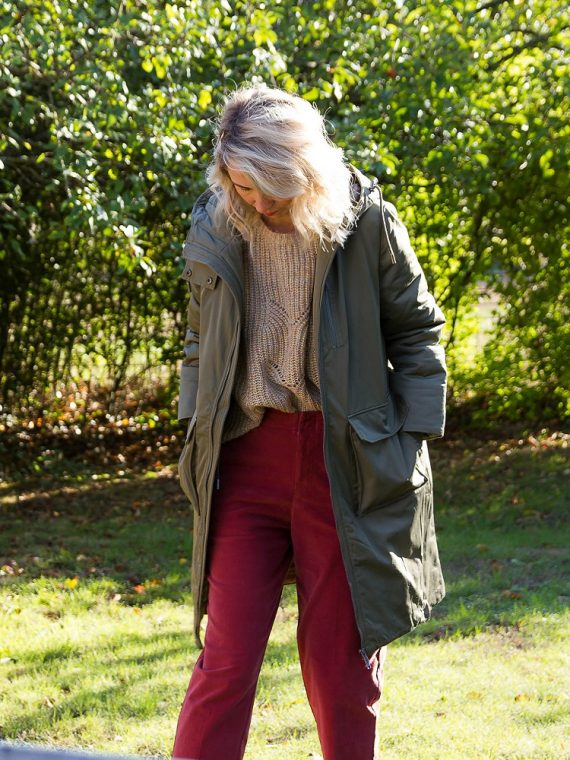 Evelina-manteau-deep-lichen-green-ichi-la-fee-louise-1