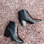 Marline-bottine-noir-decoupe-ecaille-cuir-bout-pointu-talon-carre-coupe-wonders-la-fee-louise-1-03