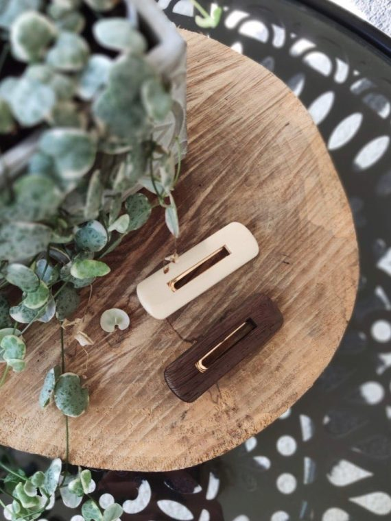 Mina-barrette-rectangle-bois-marron-blanche-pince-accessoire-cheveux-la-fee-louise-1-01