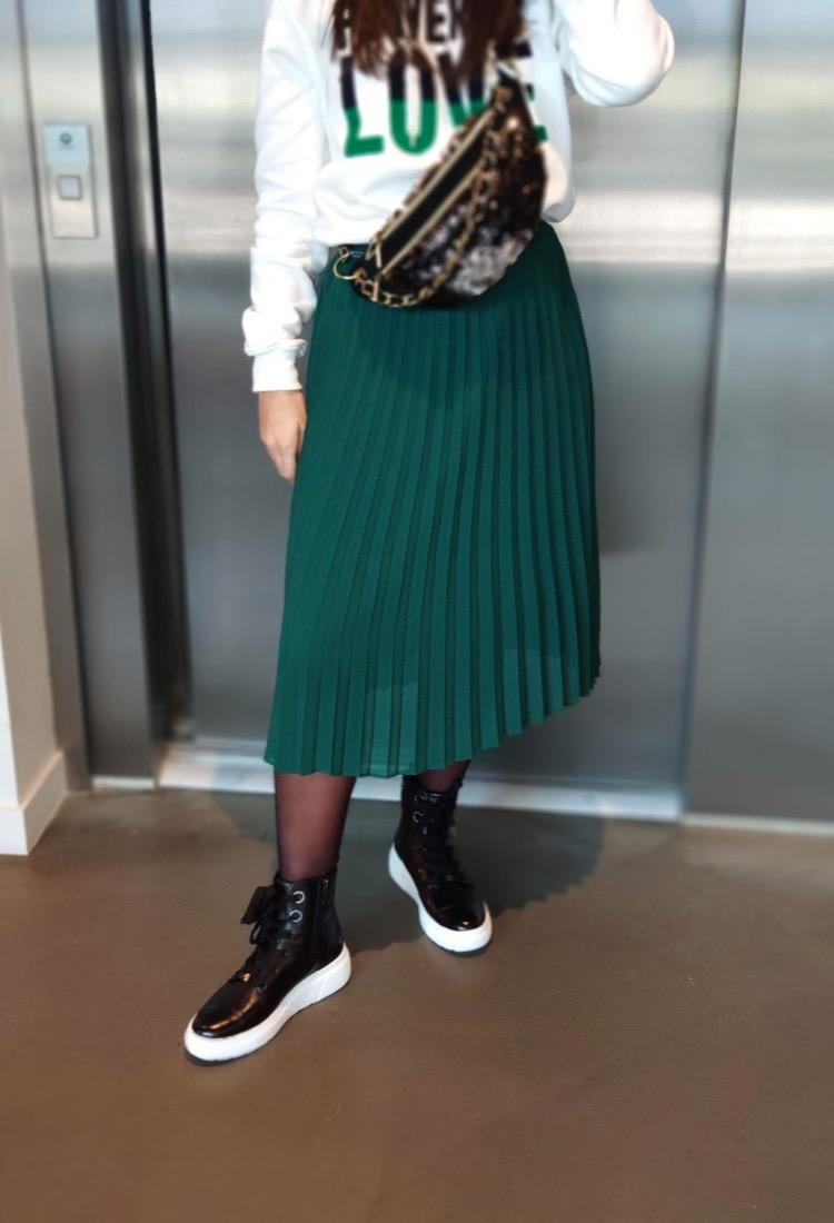 Nicolle-bottine-noir-tige-montante-cuir-lacet-semelle-epaisse-blanche-ara-confortable-la-fee-louise-1-01