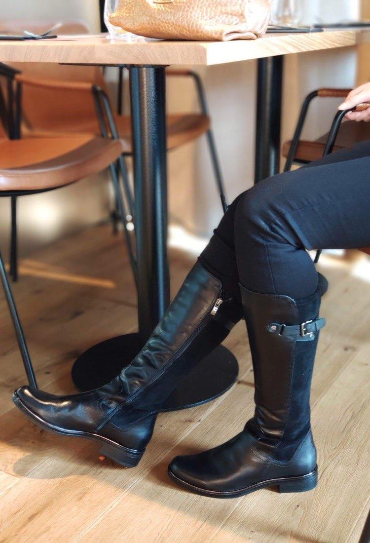Nolwenn-botte-talon-plat-noir-mi-botte-boucle-cuir-bi-matiere-la-fee-louise-1-02
