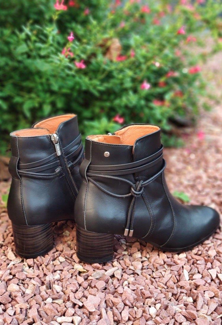 Nolene-bottine-a-talon-haut-cuir-boucles-noir-haute-tige-pikolinos-W1Z-8635C1-la-fee-louise-1-08