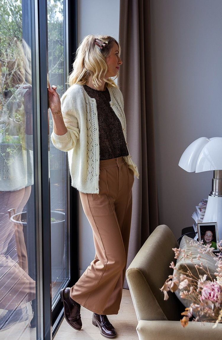 Peace-pantalon-camel-cks-la-fee-louise-1
