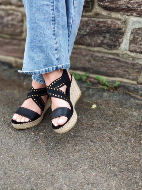 Leslie-sandale-compensee-espadrille-corde-blanche-noir-clous-elastique-croise-36433-vidorreta-la-fee-louise-10