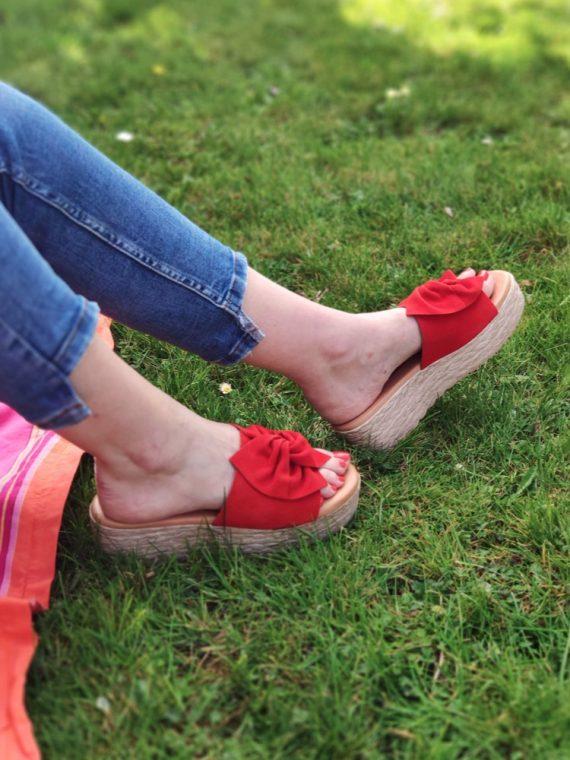 Louise-mule-compensee-plateforme-cuir-rouge-noir-noeud-3225-patricia-miller-millennials-la-fee-louise-03