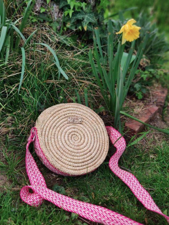 Rondivana-sac-rond-bandouliere-le-voyage-en-panier-l'atelier-du-crochet-la-fee-louise-12
