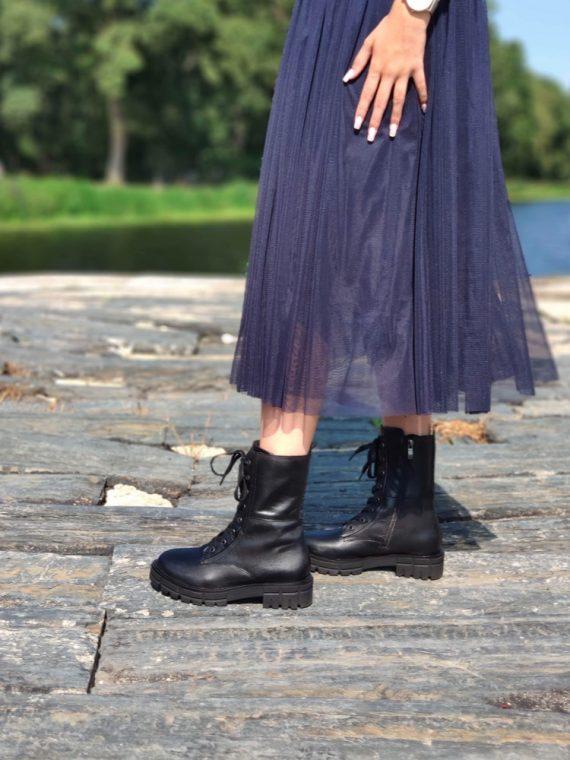 Adriana-bottine-cuir-noir-esprit-doc-dock-lacets-25253-caprice-la-fee-louise-05