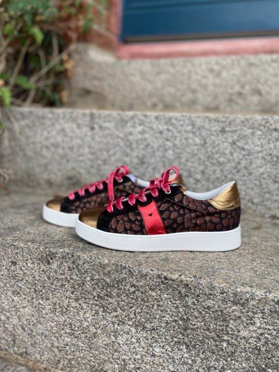 Alec-basket-sneakers-dore-rouge-gold-cheetah-lacet-rouge-leopard-vaddia-la-fee-louise-01